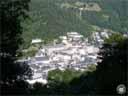 pyrenees0407: Cauterets ? vue générale de la station thermale ? 913 m