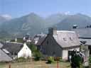 pyrenees0414: Hameau de Grust ? 975 m